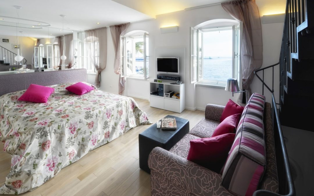 Luxury Suite With Terrace & Sea View