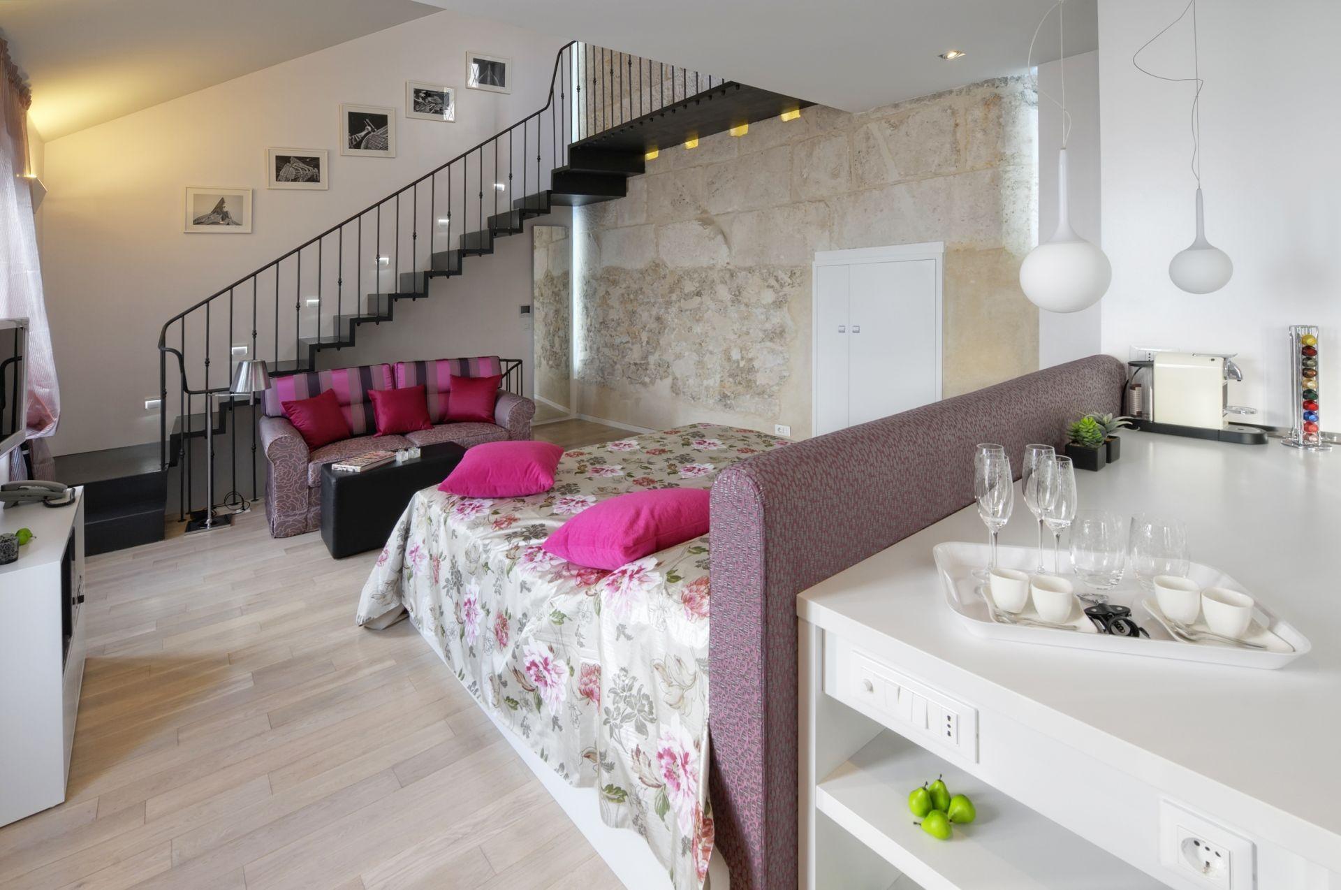 Riva Luxury Suite
