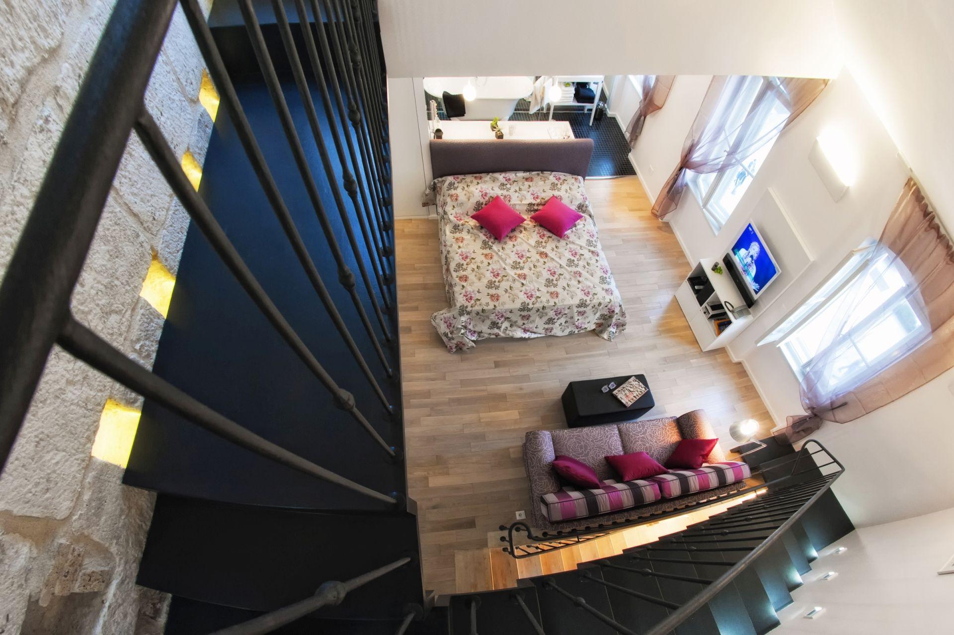 Riva Luxury Suite bedroom
